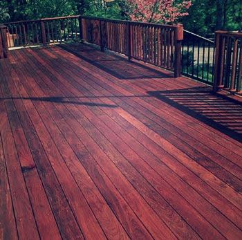 terrasse en bois autoconstruction construire sa maison. Black Bedroom Furniture Sets. Home Design Ideas